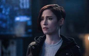 Chyler Leigh, de Supergirl, se assume LGBT em texto na internet